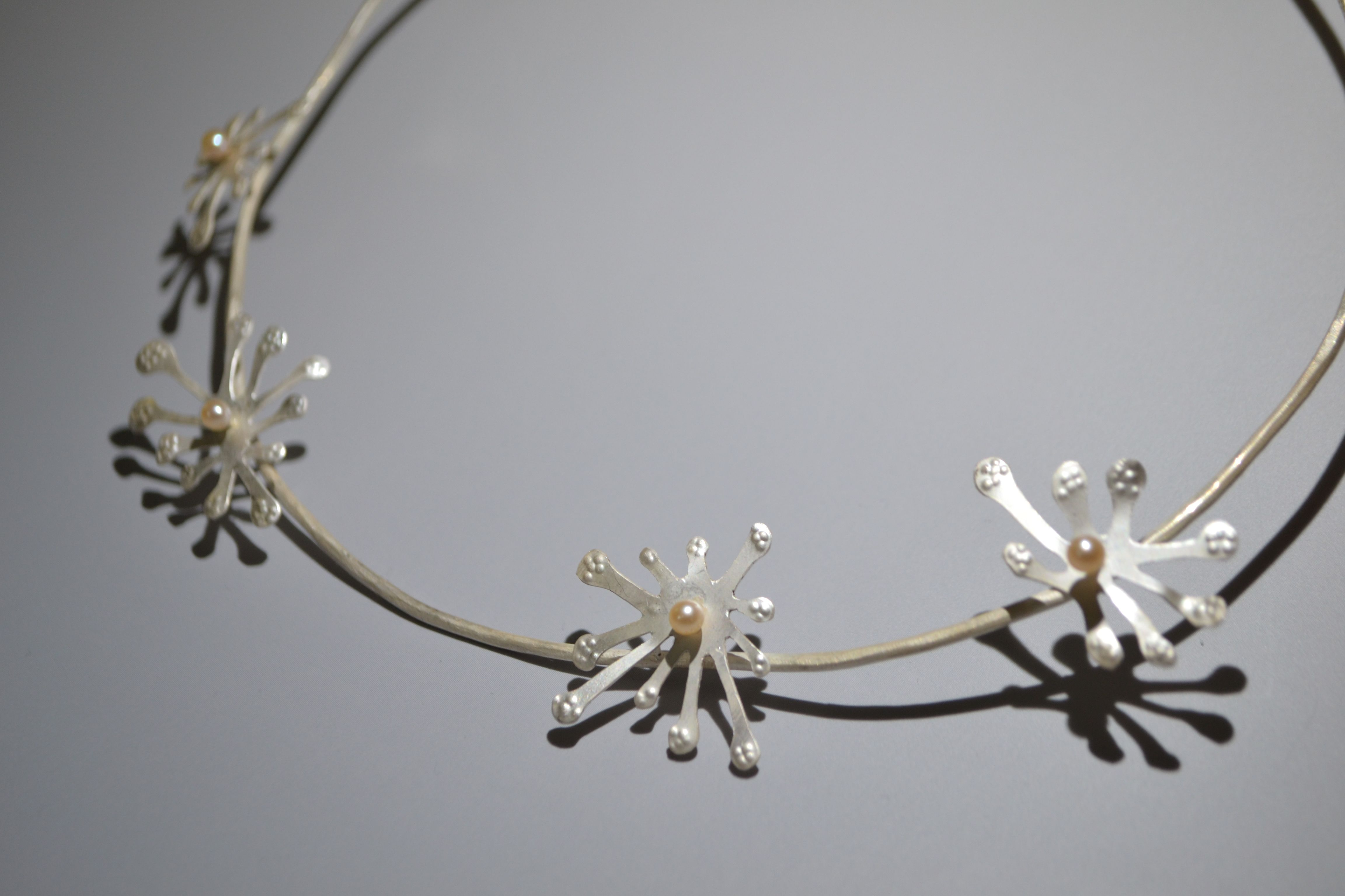 8.silver flower1